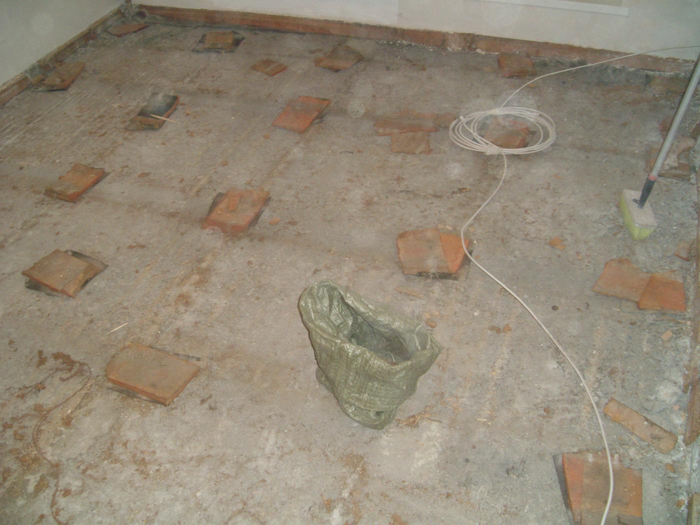 Ламинат, ковролин, линолеум. Капитальный ремонт деревянного пола