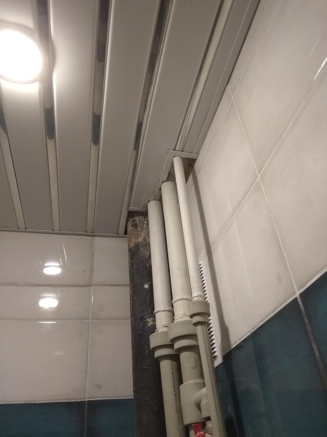 Монтаж потолков. Реечный потолок