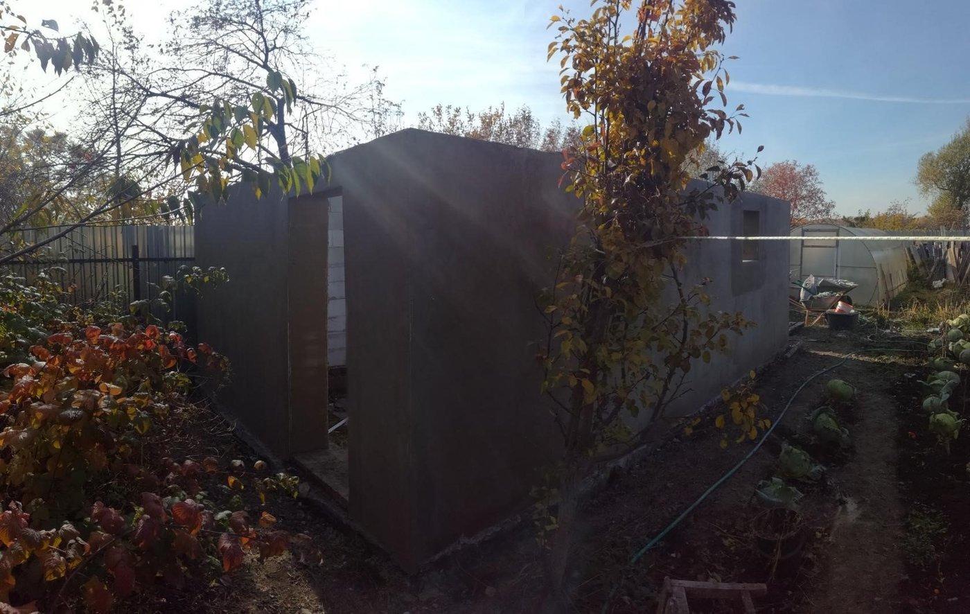 Строительство гаражей. Штукатурка стен