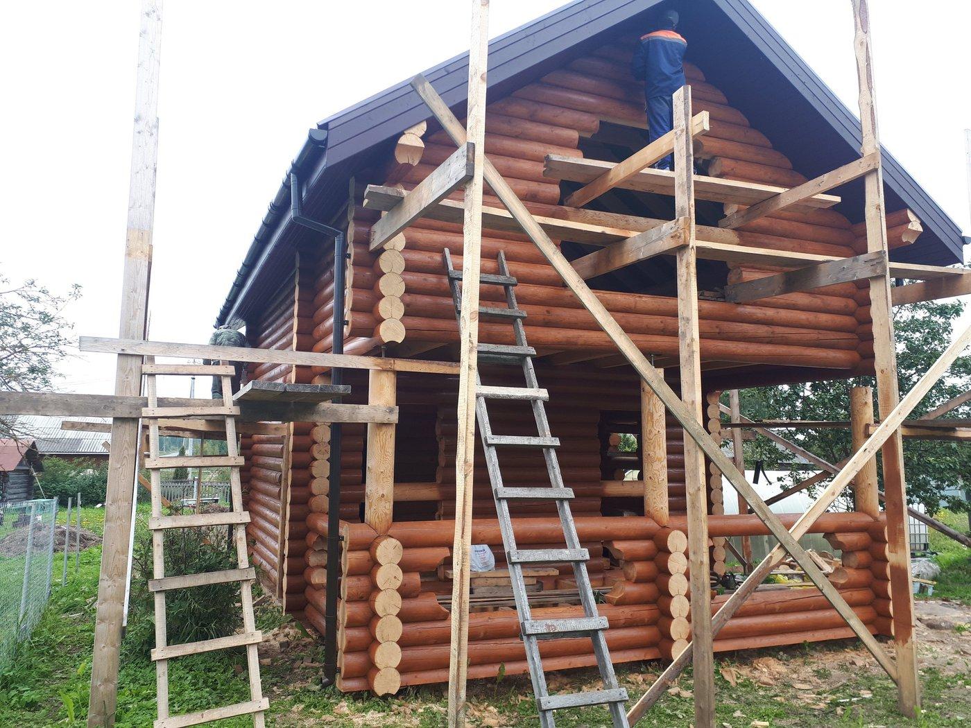 Строительство срубов. Дом-баня из рубленного бревна