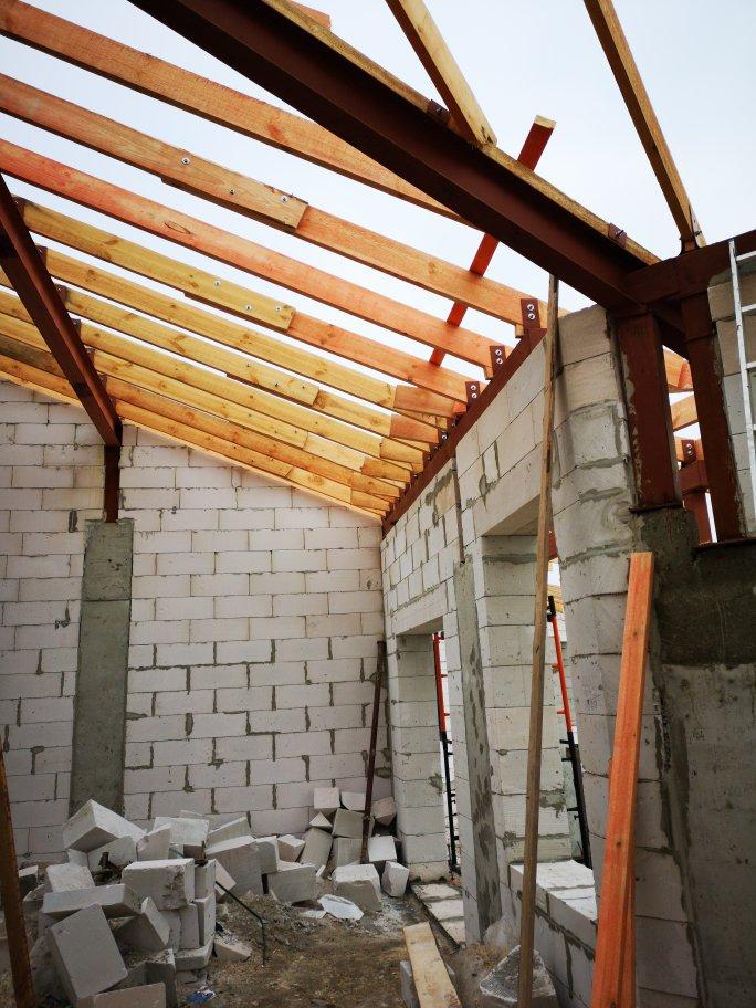 Кровельные работы. Монтаж крыши многоквартирного жилого дома