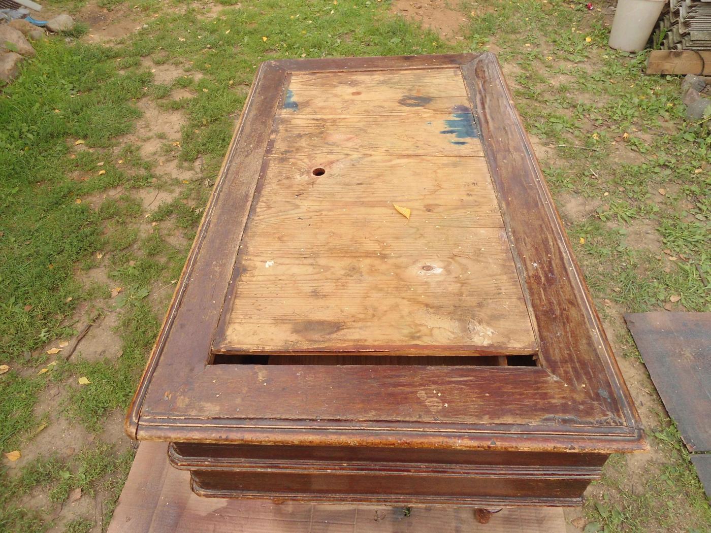Столярные и плотницкие работы. Письпенный стол. Реставрация