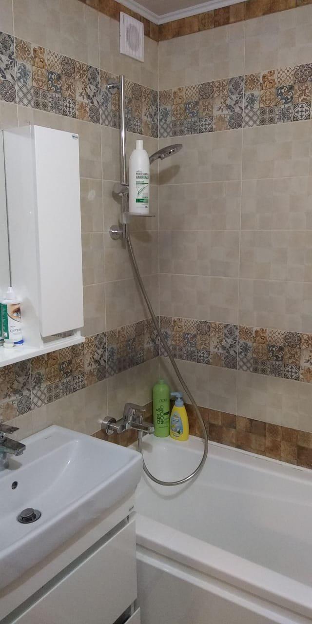 Ремонт ванной. Кафель на бетонный блок