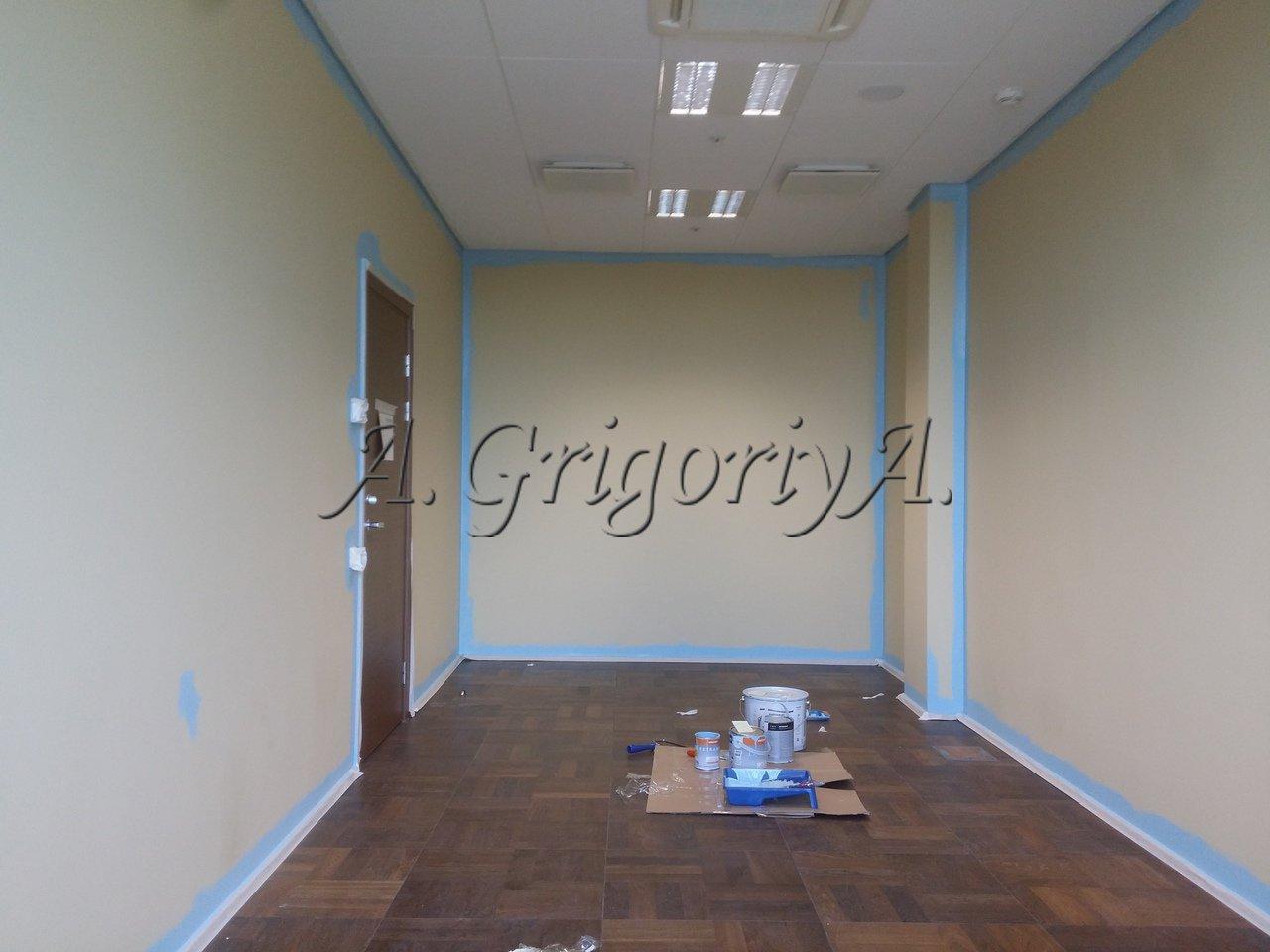 Малярные и штукатурные работы, обои. голубая комната
