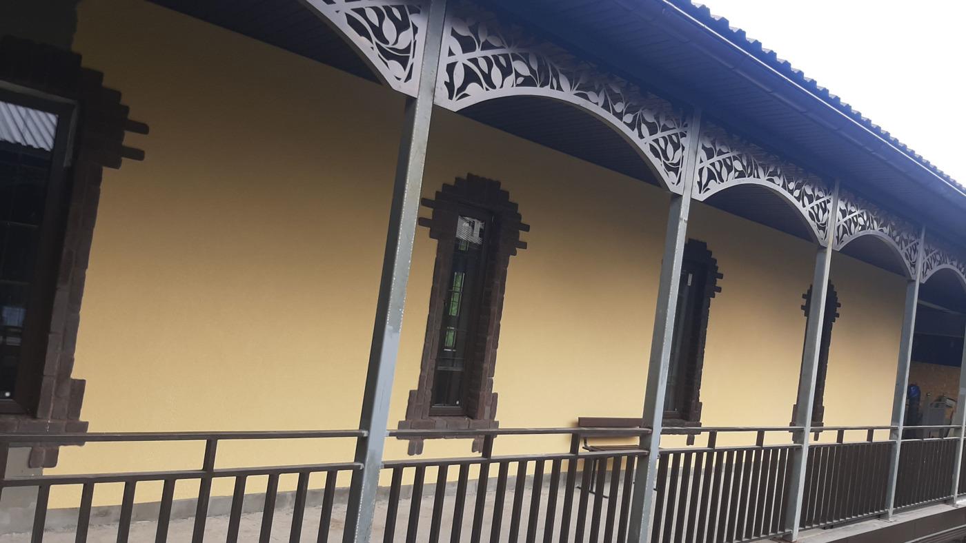 Фасадные работы. нанесение декоративных штукатурок