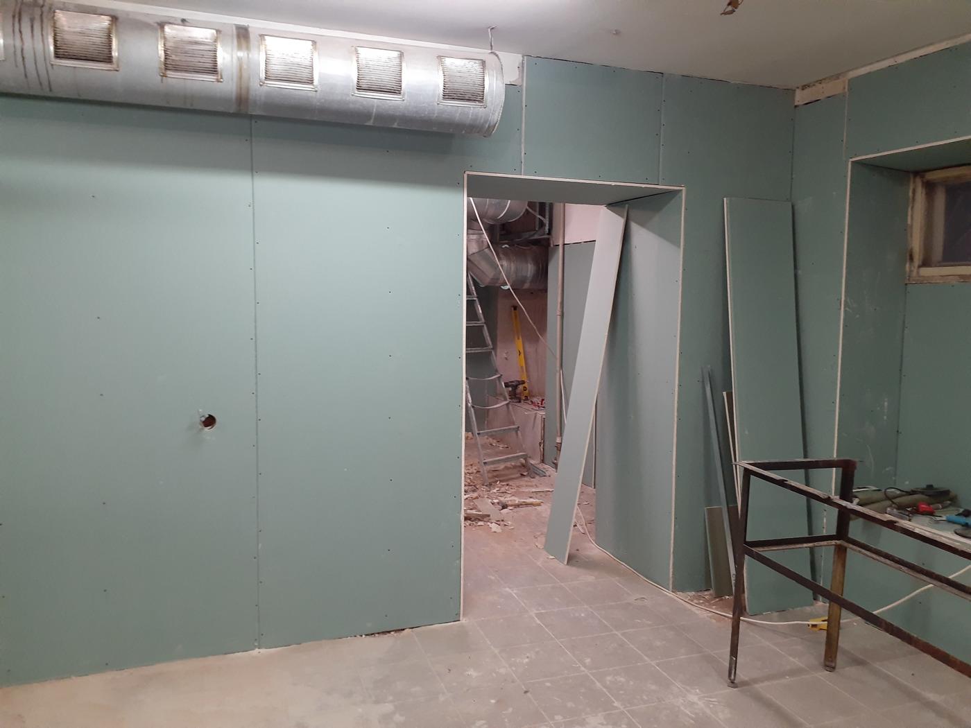 Работы с гипсокартоном. стена и потолки из ГКЛ